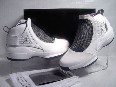 873226b4ea45c5 It provided comfort and support which made these shoes great when playing.  The Air Jordan ...